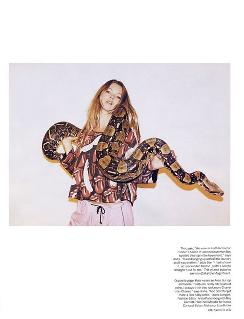 Kate moss vogue uk 5-03 snake